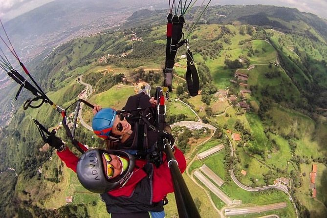 Atv tour + horseback riding + Paragliding. Mountain plan