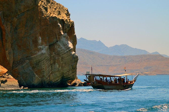 Full Day Oman Khasab Tour by Traditional Dhow -Dolphin watching from Dubai
