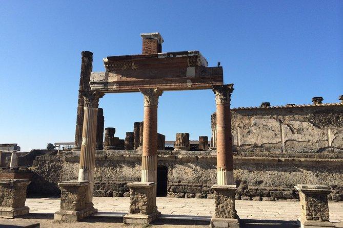 Pompeii-Herculaneum-Vesuvius tour with licensed guide included