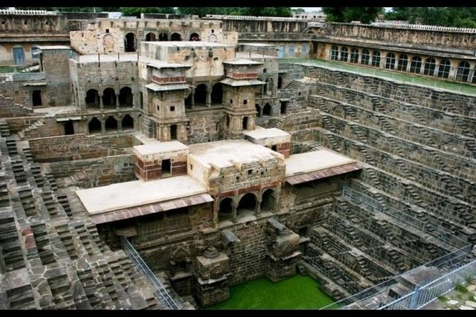 Abhaneri Step Wells Private Day Tour with Lunch