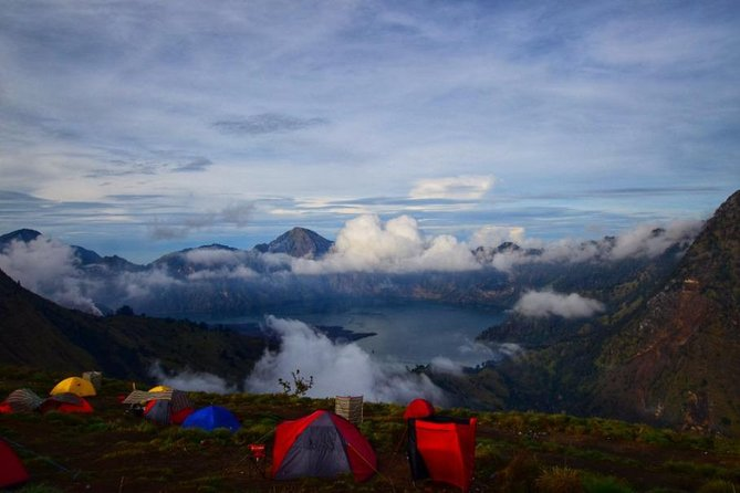 Trekking Rinjani Mountain Summit 2 Days 1 Night - Em Adventure photo 5