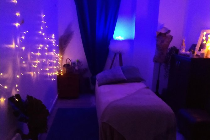 4 hands massage and care