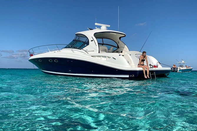 Private Luxury Half Day Stingray City, Snorkeling and Starfish Beach Tour