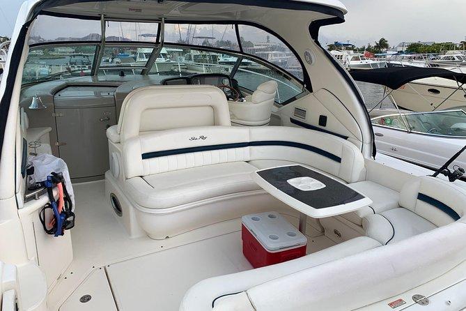 Private Luxury Half Day Stingray City, Snorkeling and Starfish Beach Tour