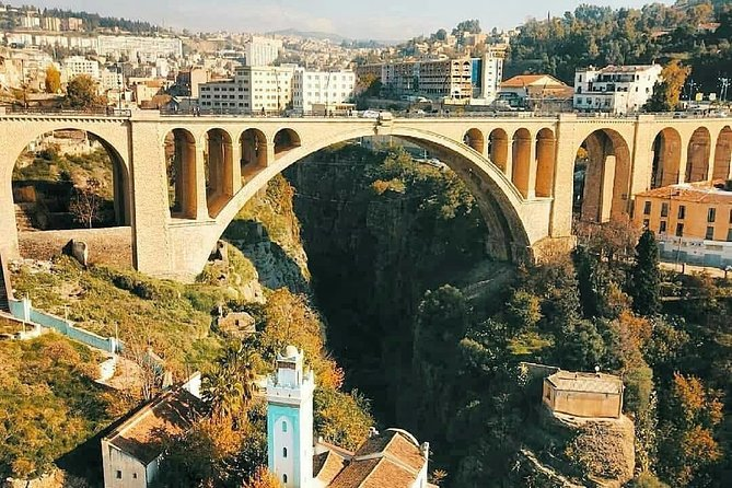 Constantine : The city of the bridges by Mouflon