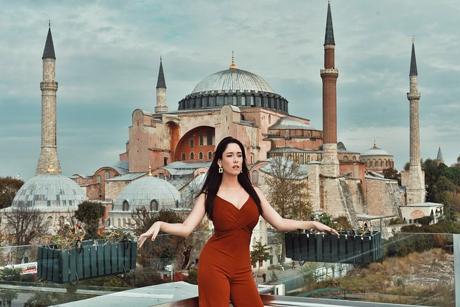 Award-Winning Photographers' PROFFESIONAL Photo Shooting in ISTANBUL ⭐⭐⭐⭐⭐