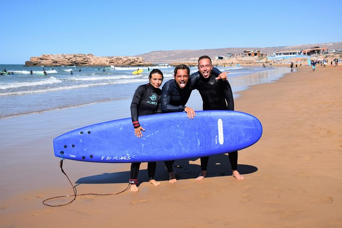 Learn to surf in Tamraght, with local surf instructor