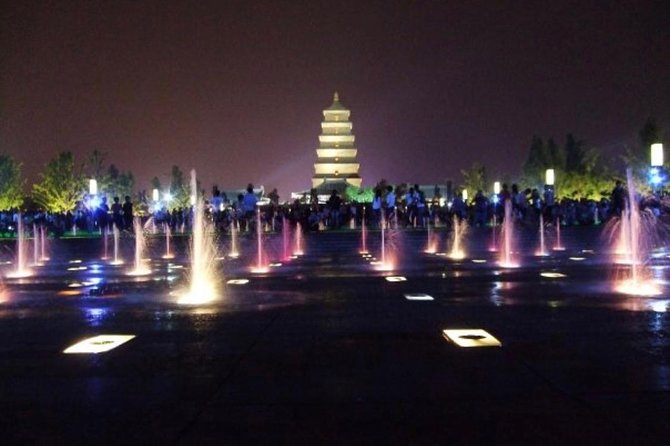3-Hour Private Xi'an Dinner Tour with Big Wild Goose Pagoda Fountain Show