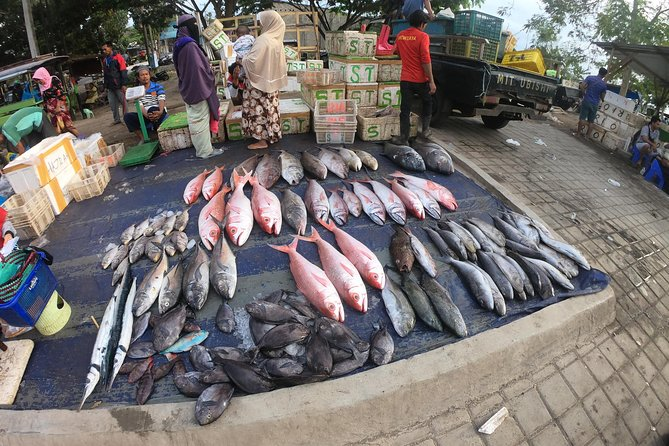 Fish & Traditional Market Package Visit