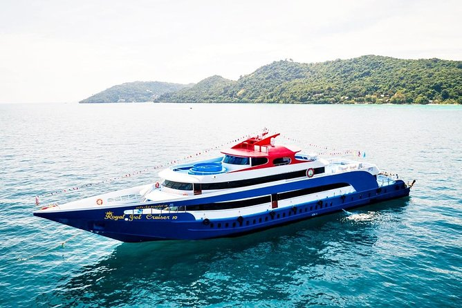 Phi Phi Island by Big Boat Tour With Lunch
