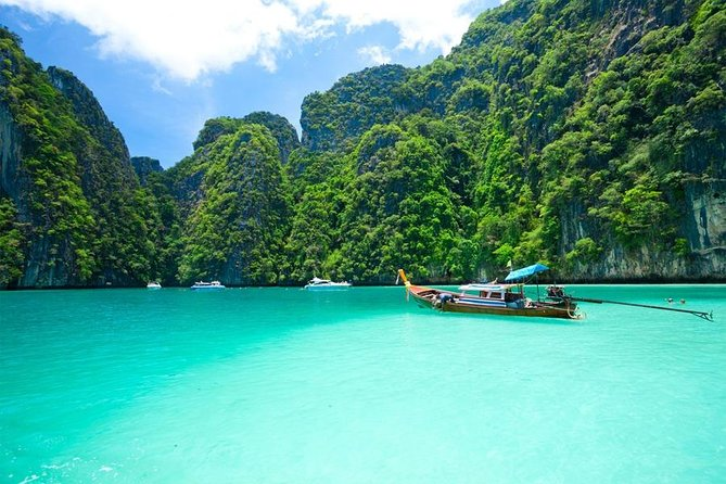 Phi Phi Half Day Tour With Lunch By Speed Boat photo 2