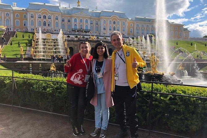 Peterhof Schloss und Park Private Tour