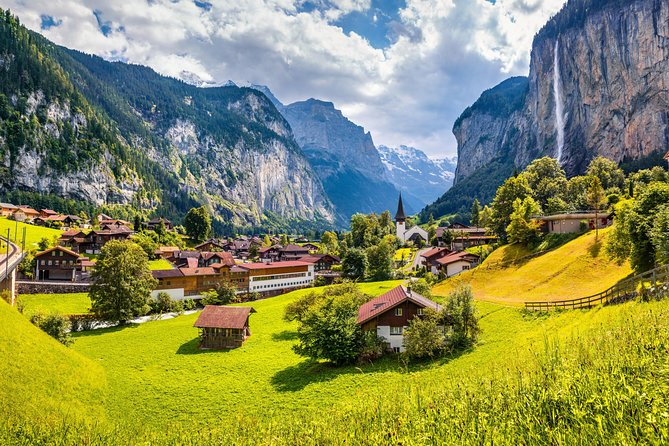 6-Day The Italian Lakes and Swiss Alps Explorer Tour from Rome to Paris