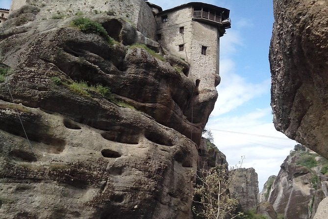 2-Day Private Tour to Delphi Meteora and Thermopylae photo 6