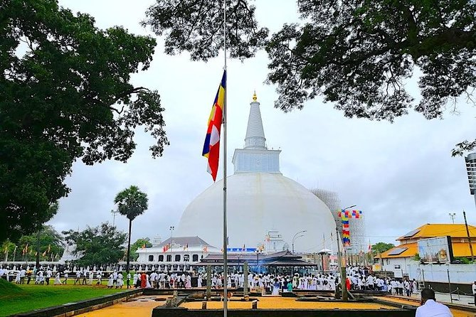 Anuradhapura, Polonnaruwa and Negombo - 03 Days Tour (02 nights)