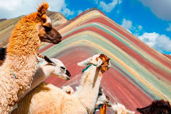 Excursion to Rainbow Mountain Full Day.