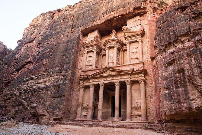Jordan Horizons Tours: Private Petra Full-Day Trip from Aqaba City