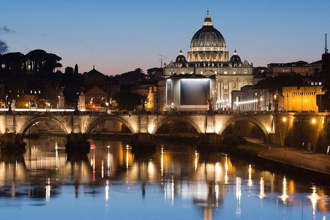 Rome by Night: private romantic tour with sparkling wine