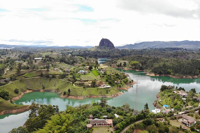 Guatape , peñol and the rock