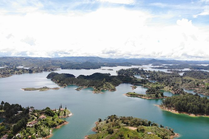 Guatape , peñol and the rock photo 2