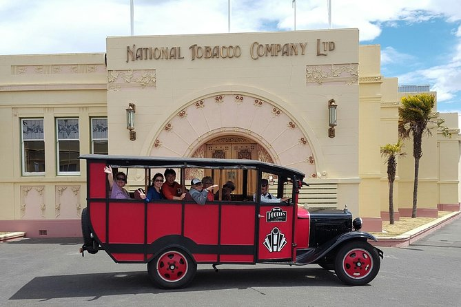 Vintage Bus Tour of Art Deco Napier