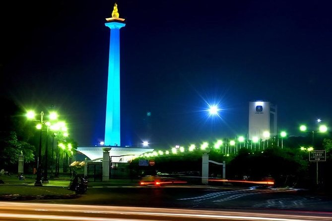 Jakarta Night Tour With Dinner