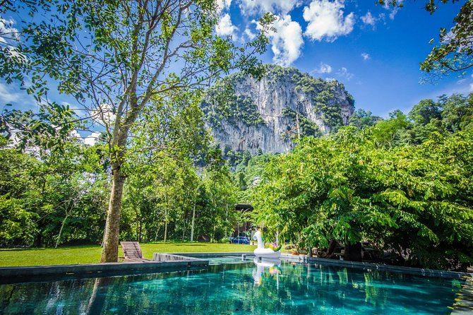Templers Park Water Falls, Batu Caves And Firefly Tour
