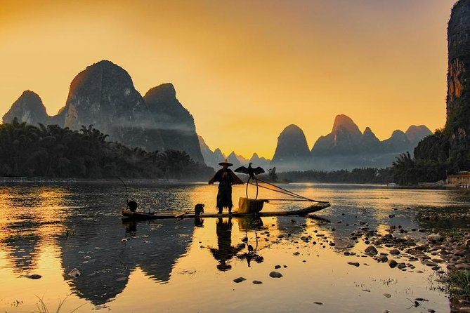 Full-Day Guilin Li-River Cruise with 4 star boat and Fisherman Sunset Show Tour photo 8