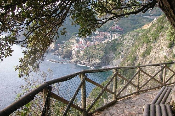 All Five Cinque Terre Villages & 2hrs Hiking Adventure: Day Trip from Florence photo 3