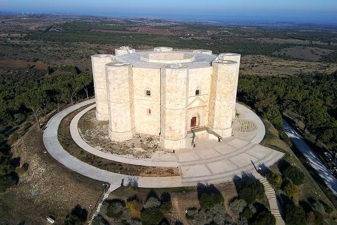 Private tour and transfer Trani & Castel del Monte from Bari