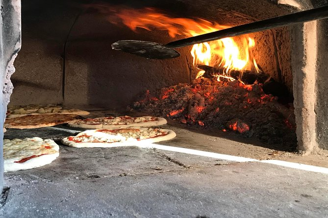 Pizza Cooking Class in Tuscany