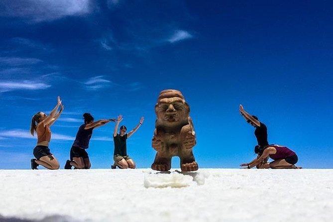 Uyuni Salt Flats (Day Trip) English Guide
