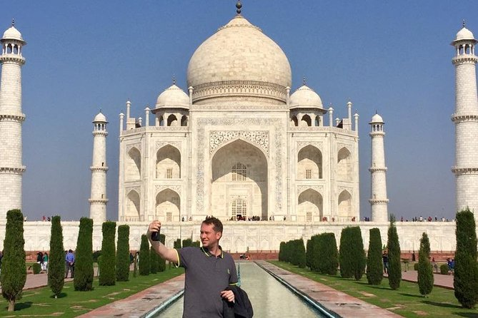 Same Day Comfort Taj Mahal & Red Fort Trip : All Inclusive photo 1