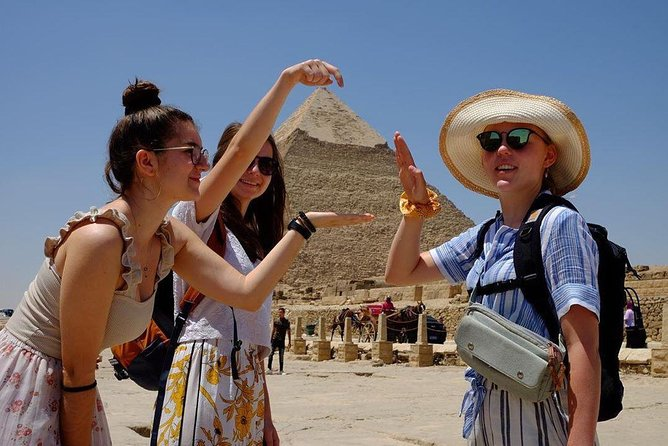 Private Full-Day Tour Giza Pyramids, Egyptian Museum, Islamic or Coptic Cairo
