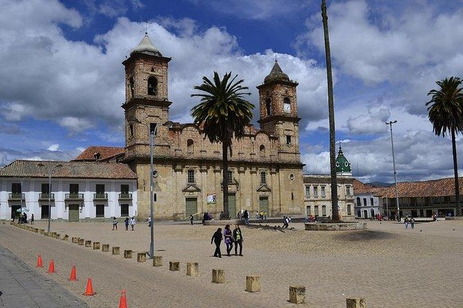 Tour to Jaime Duque Park and Salt Cathedral in Zipaquira photo 3