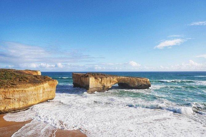 Great Ocean Road & 12 Apostles Tour