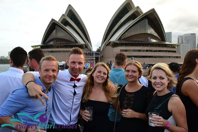 New Year's Eve Sydney Harbor Cruise inc. Fireworks Food & Drinks on a Catamaran