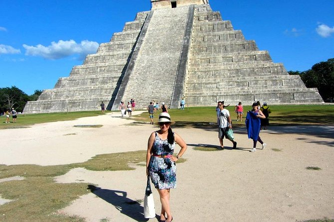 Discover the pyramid of Chichén Itzá in our full day tour from Cancun or Riviera