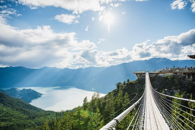 Sea to Sky Highway Day Trip from Vancouver: Shannon Falls & Sea to Sky Gondola