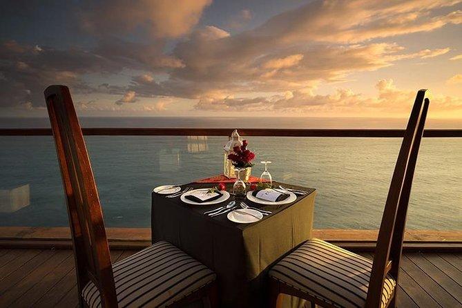 The Edge Bali Spa & Romantic Dinner at Uluwatu Cliff Bar