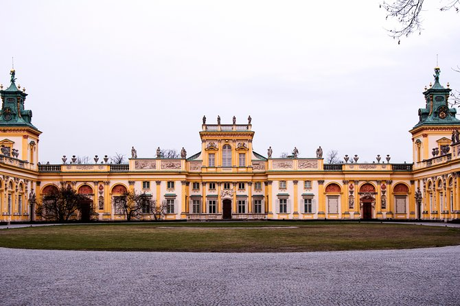 Warsaw: Skip the Line Wilanów Palace and Gardens Private Guided Tour