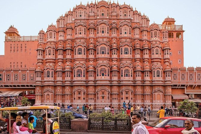 1-Day Trip to The Taj Mahal, Agra and Jaipur from Delhi