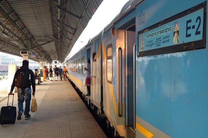 Delhi Agra day trip by Super fast Train includes.transfers,Train ticket,Guide