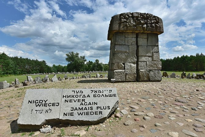 Warsaw: Treblinka Extermination Camp Private Guided Tour