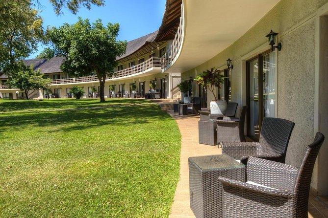 6 Days / 5 Nights A'Zambezi River Lodge Package