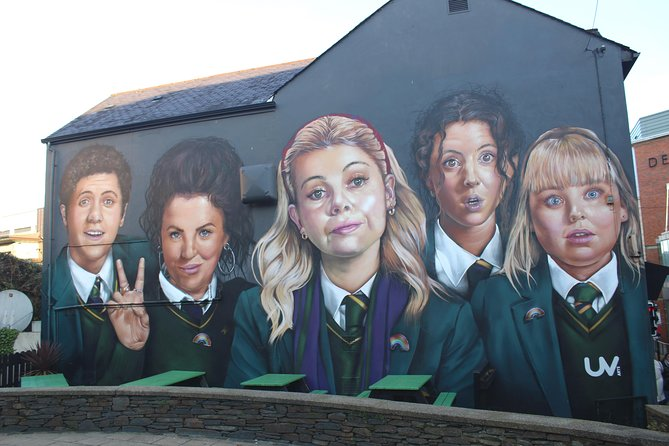 Derry Girls Tour of Filming Locations by Coach from Belfast [OFFICIAL]
