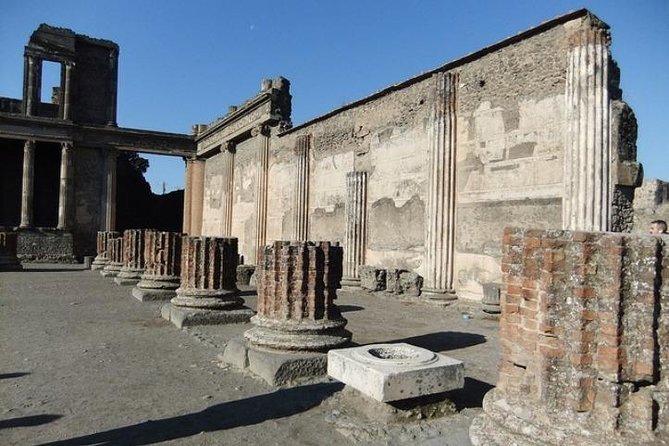 Pompeii Guided Two-Hour Tour With A Real Archaelogist - SKIP THE LINE photo 6