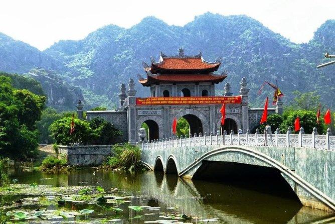 Economical Ninh Binh tour & Free Hanoi Street Food tour