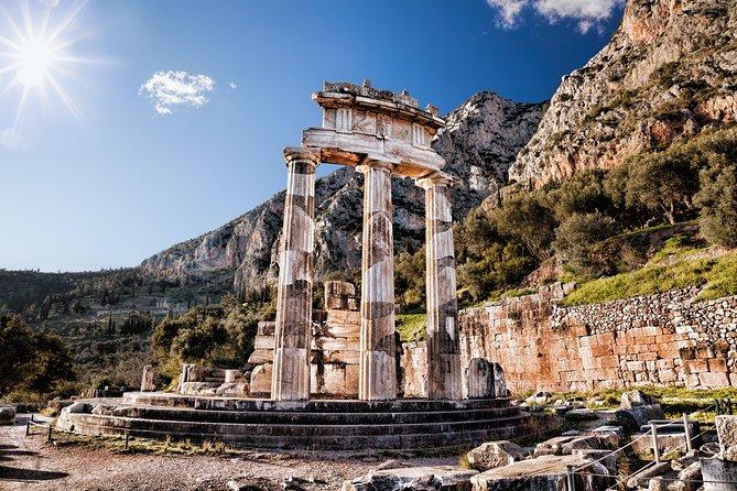 Delphi, Arachova & Hosios Loukas Full Day Private Tour