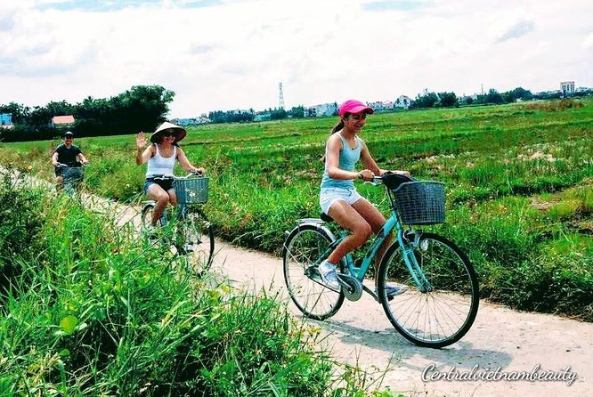 Cycling Tour To Thanh Toan Covered Bridge photo 9
